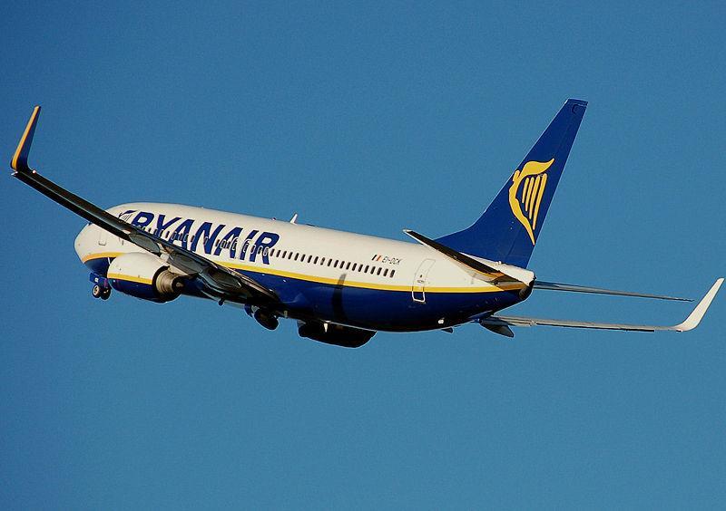 ryanair-aircraft-6
